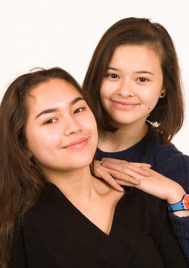 """alt=""""sisters portrait bournemouth"""">"""